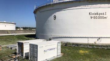 Naftoserwis wykonał pierwsze czyszczenie zbiornika na ropę naftową